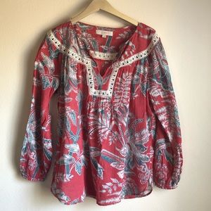 LOFT EUC Floral Summer Top with Lace Trim